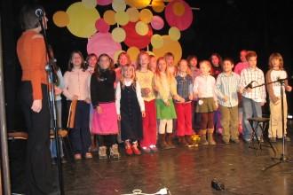 Eni izmed prvih nastopov učencev GŠ Lartko (10)