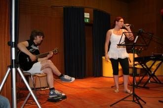 Eni izmed prvih nastopov učencev GŠ Lartko (13)